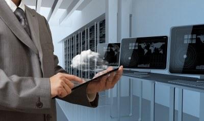 15785962-people-drawing-cloud-network-server